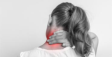 neck pain chiropractor featured