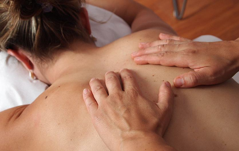 massage wollaston